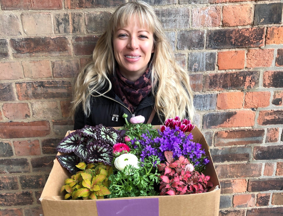Lazy Flora secures £500,000 to expand online plant delivery service